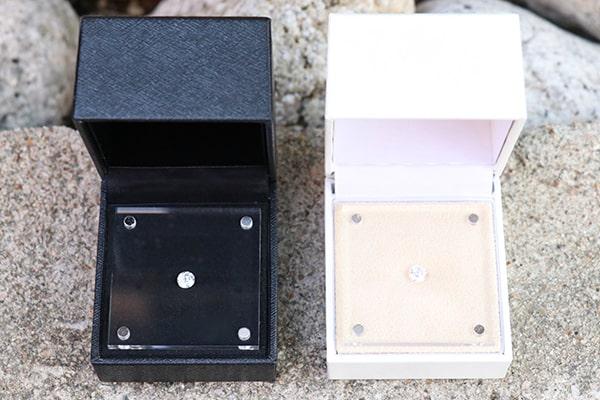 神戸元町彫金工房のダイヤモンド専用ケース(黒・白)