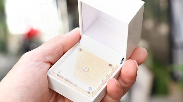 神戸元町彫金工房のダイヤモンドプロポーズ