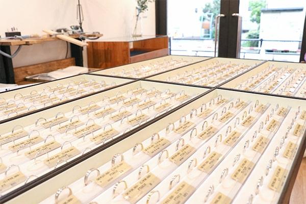 神戸元町彫金工房のオリジナルデザイン:結婚指輪 約200種類、婚約指輪 約100種類